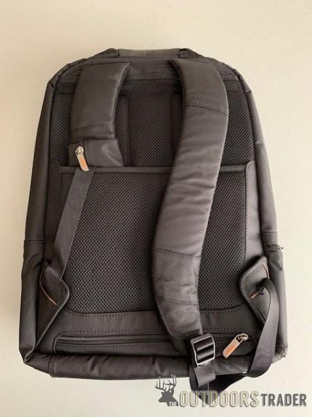 briggs-riley-backpack-pic-3-040121-jpg.3197992