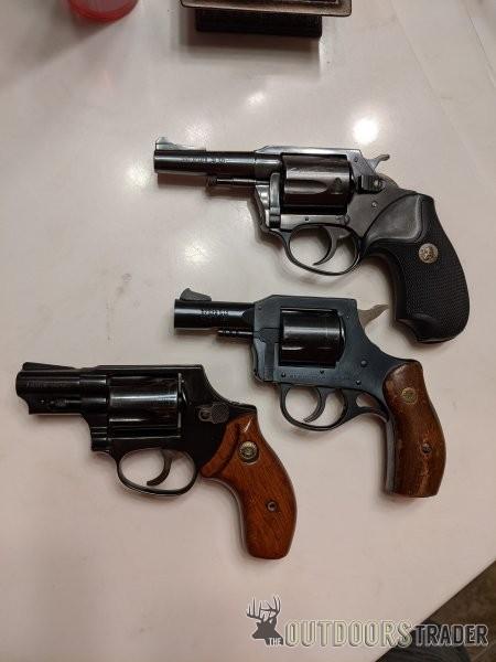 three-revolvers-01-jpg.3344274