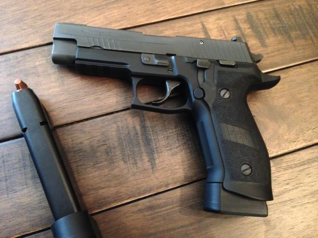 Item Gone! FS Sig Sauer R P226 Tacops 9mm | The Outdoors Trader