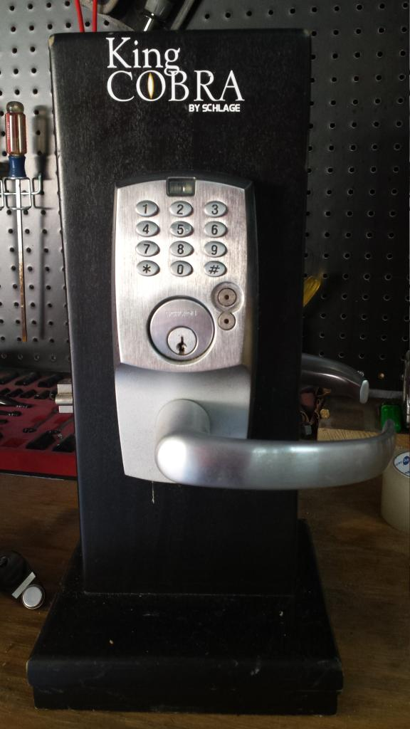 Item Gone Fs Ft Awsome Schlage King Cobra Door Lock