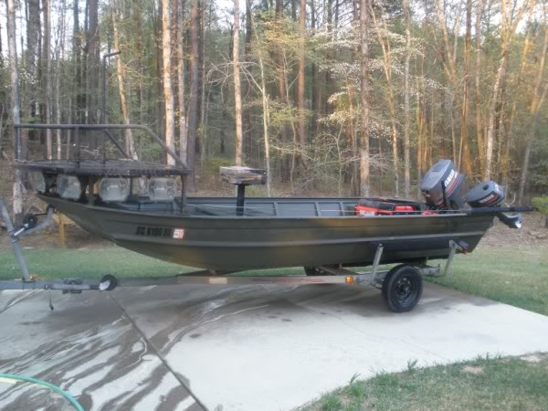 Bowfishing boat nice kicker motor boat the outdoors trader for Bow fishing boats