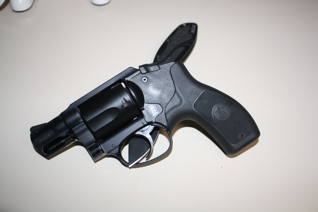 Smith and Wesson Bodyguard  38 +p | The Outdoors Trader