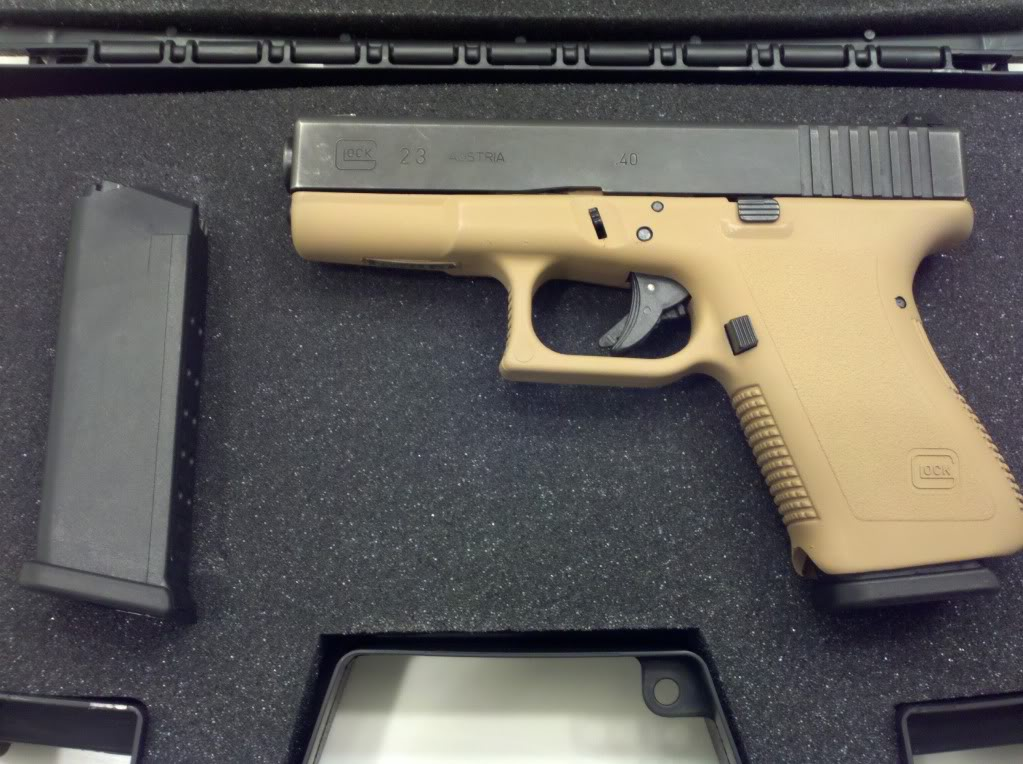 Very clean 2nd gen Glock 23 w/ night sites and duracoated frame FS ...