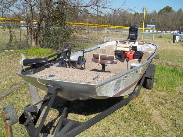 Aluminum fishing boats for sale lookup beforebuying for Used aluminum fishing boats