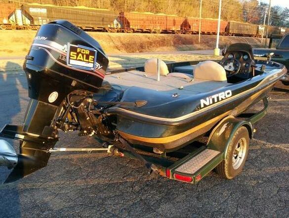 Nitro 882 Bass Boat Photo