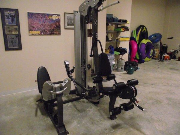 Fs Hoist V5 Universal Gym Plus Extras The Outdoors Trader